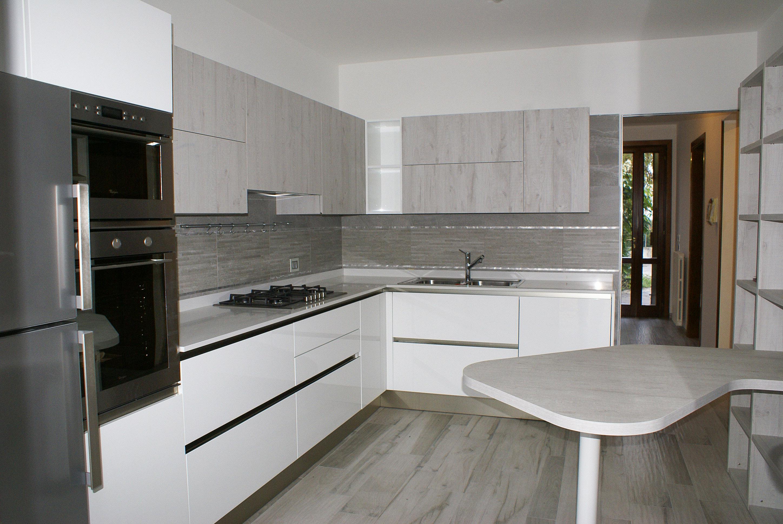 Cucina oyster pro dek minelle arredamenti - Veneta cucine moderne ...