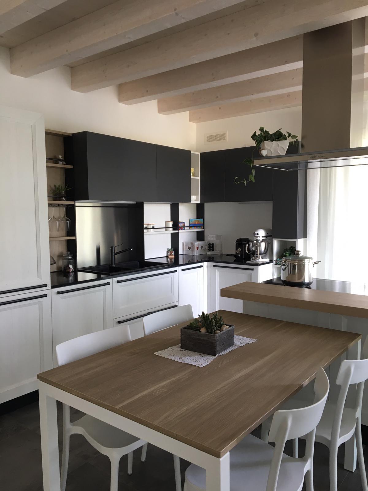 Cucina -TABLET- Veneta Cucine
